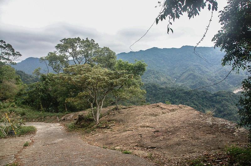 猿山、獅頭山山徑裸岩展望點 (2)