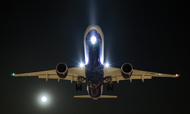 G-XWBC - Airbus A350-1041 - LHR