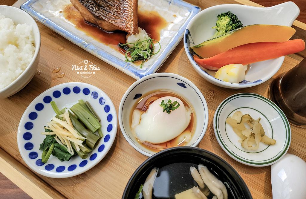 宜蘭咖啡 里海 咖哩鮮魚定食菜單12