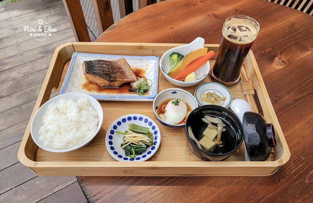 宜蘭咖啡 里海 咖哩鮮魚定食菜單11