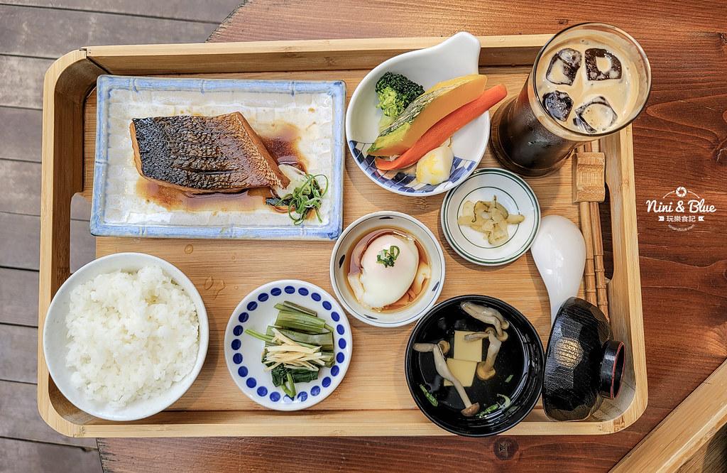 宜蘭咖啡 里海 咖哩鮮魚定食菜單10