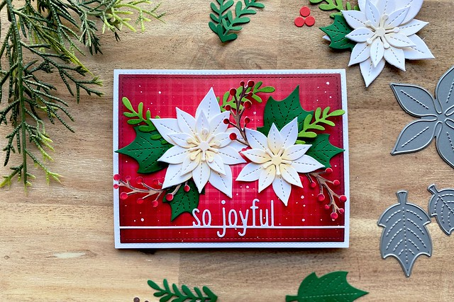 Pretty poinsettias (Lawn Fawn inspiration week)