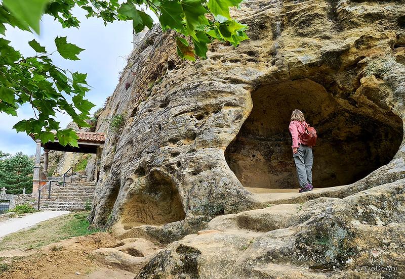 Iglesia rupestre dedicada a los Santos Justo y Pastor en Olleros de Pisuerga 3