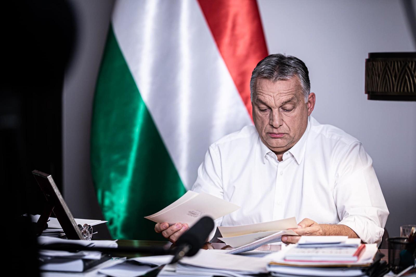 Orbán: éjszakai kijárási korlátozásokat léptetünk életbe