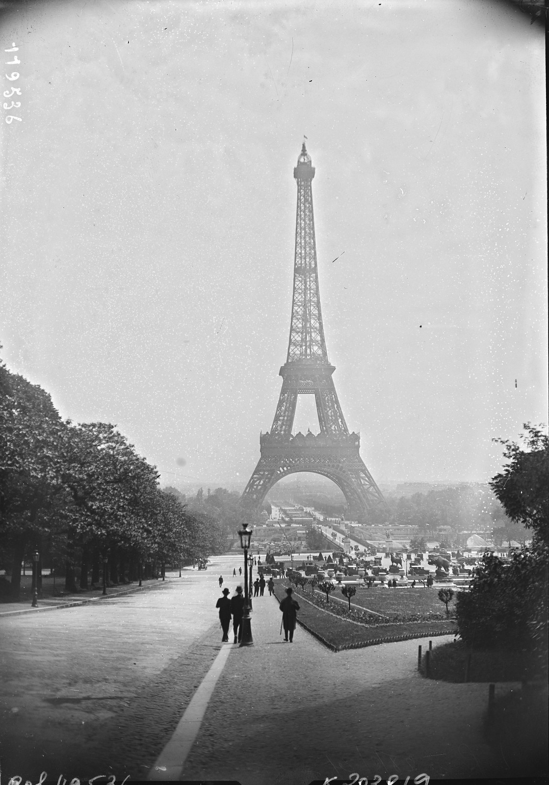 1927. 27 мая