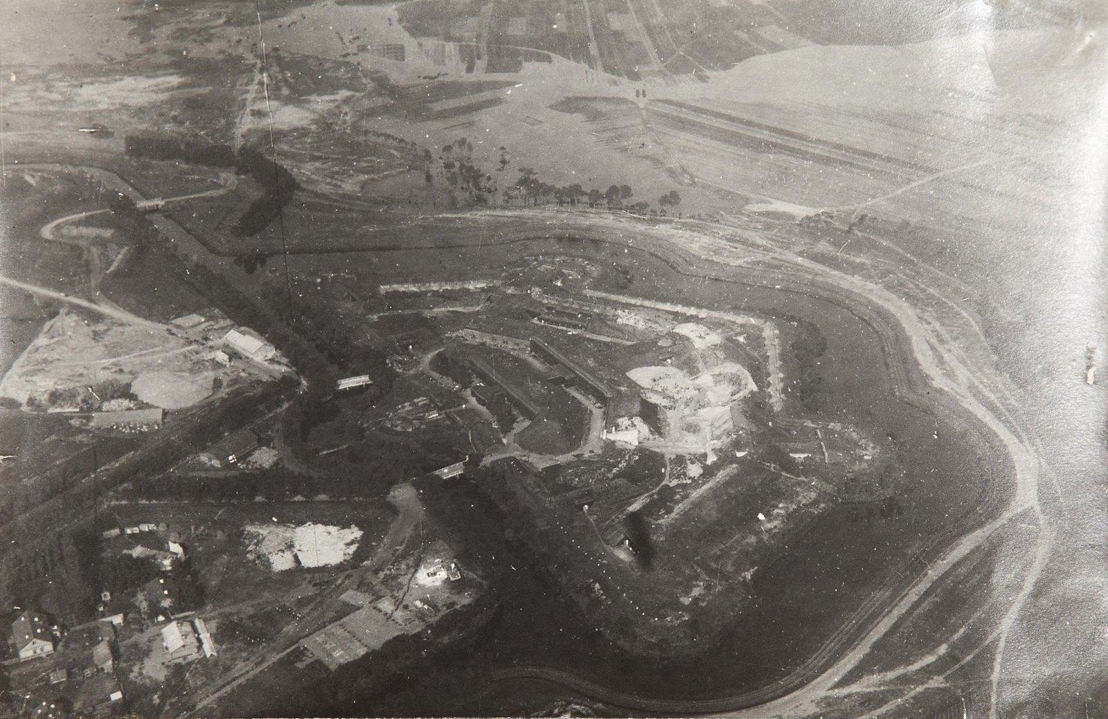 1915. Крепость Осовец, снятая с аэростата