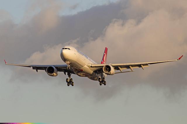 TC-LOF  -  Airbus A330-343  -  Turkish Airlines  -  LHR/EGLL 4/11/20