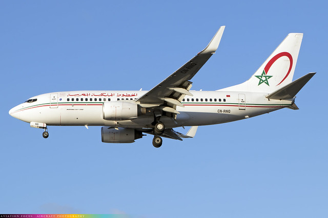 CN-RNQ  -  Boeing 737-7B6 (WL)  -  Royal Air Maroc  -  LHR/EGLL 4/11/20
