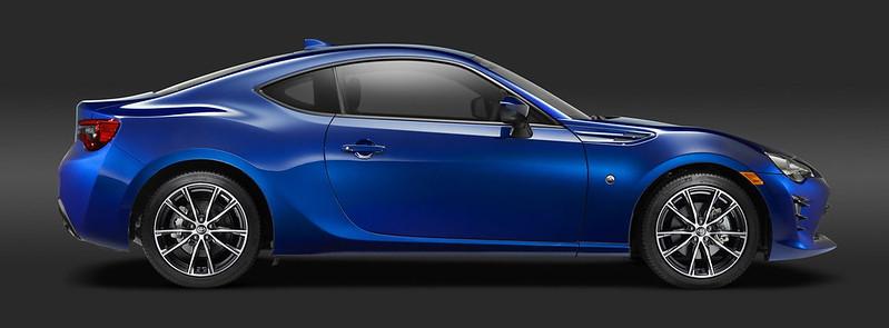 2017-Toyota-GT-86-24