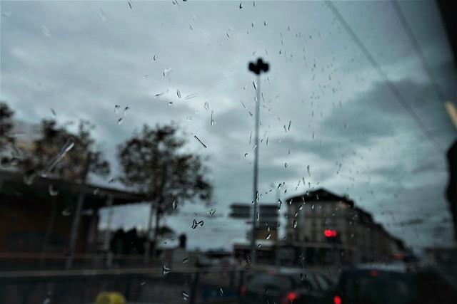 Lausanne  place chauderon.....