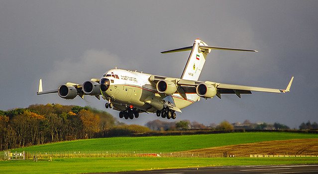 Kuwaiti Air Force KAF 342 Landing Prestwick 72