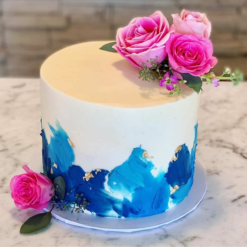 Cake by Breeze Cakes and Bakery
