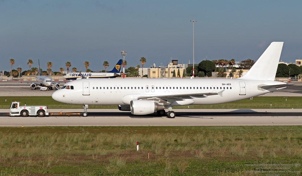 9H-AEK LMML 04-11-2020 Air Malta Airbus A320-211 CN 2291