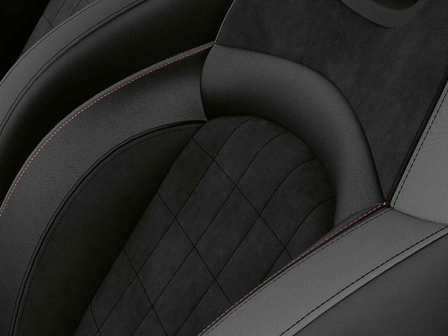 [新聞圖片七] MINI Cooper S傳奇致敬版升級Dinamica麂皮真皮內裝