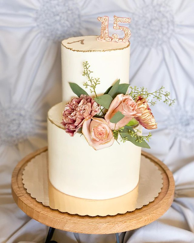 Cake by Andrea's Creations