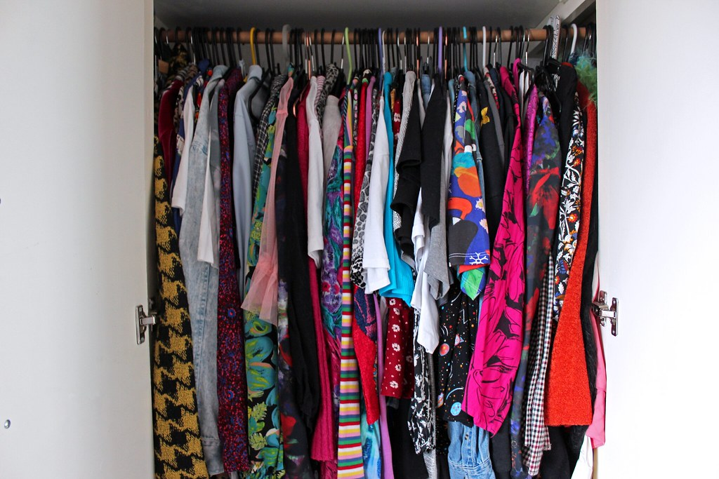 Wardrobe Organisation - Clashing Tops and shirts
