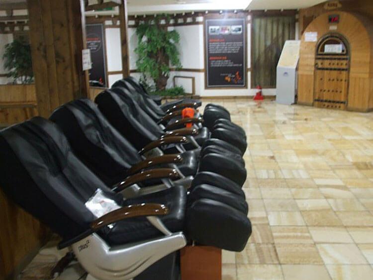 massage chairs at jjimjilbangs