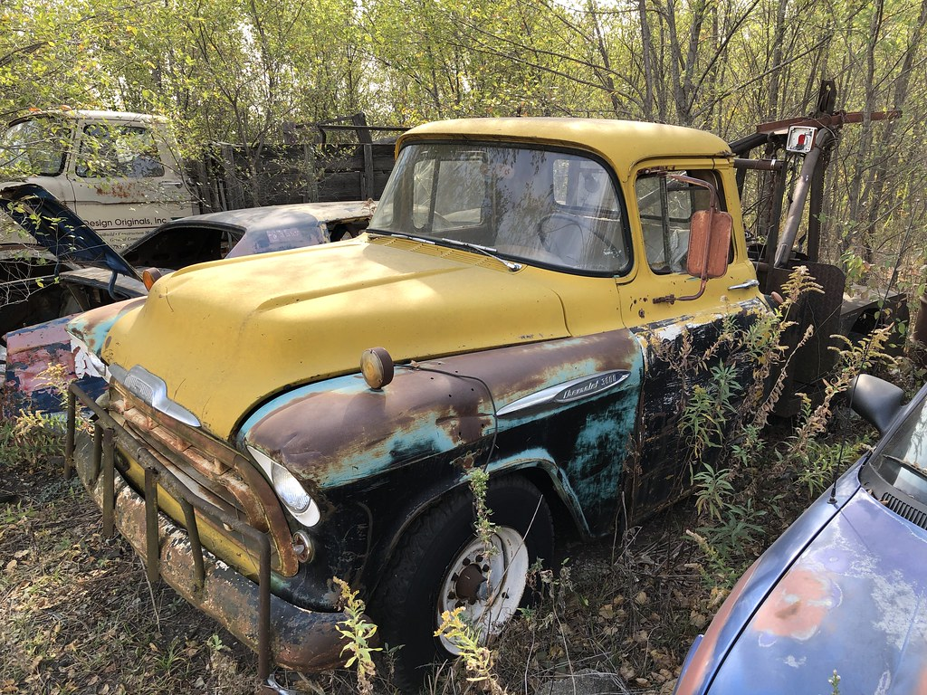 Chevy 3600 Tow Truck, Junction City, Kansas