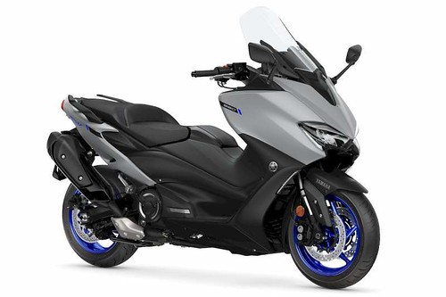 Review de la Yamaha TMax 560