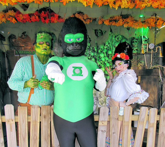 Ultra Green Lantern escapes to Florida: Gatorland!
