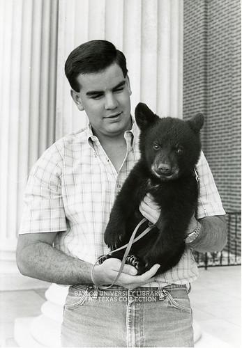 Baylor University-Bear Mascot-1990s