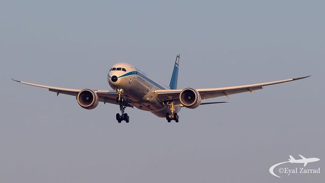 TLV - El Al Boeing 787-9 4X-EDF Retro Livery