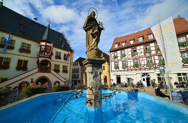Volkach - Marktbrunnen