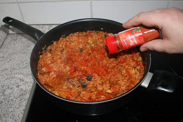 38 - Taste with seasonings / Mit Gewürzen abschmecken