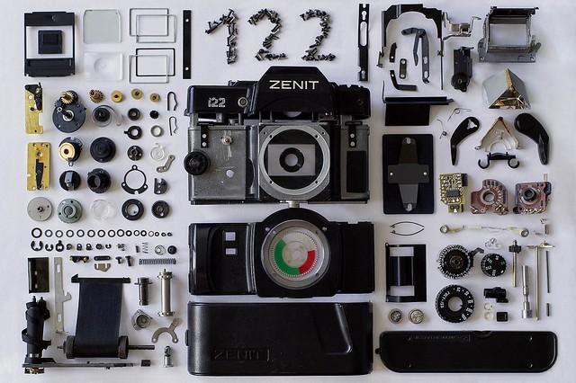 Dismanteling of a Zenit 122