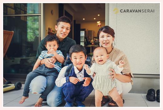 出張カメラマンが撮る家族写真 ご自宅にて