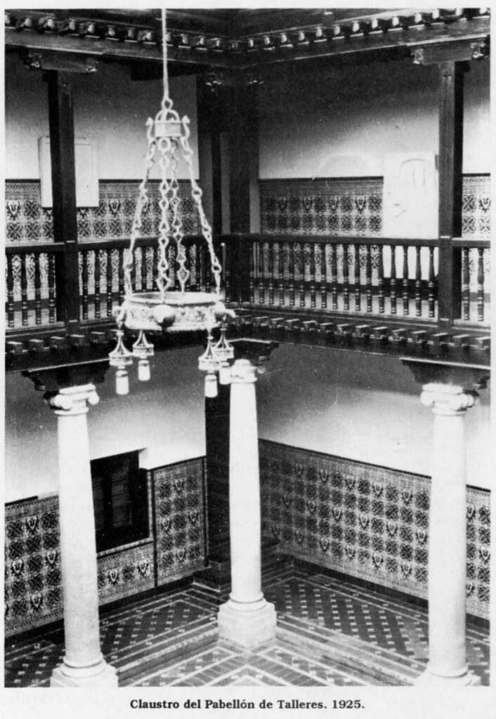 Patio del segundo edificio de la Escuela de Artes de Toledo en 1925