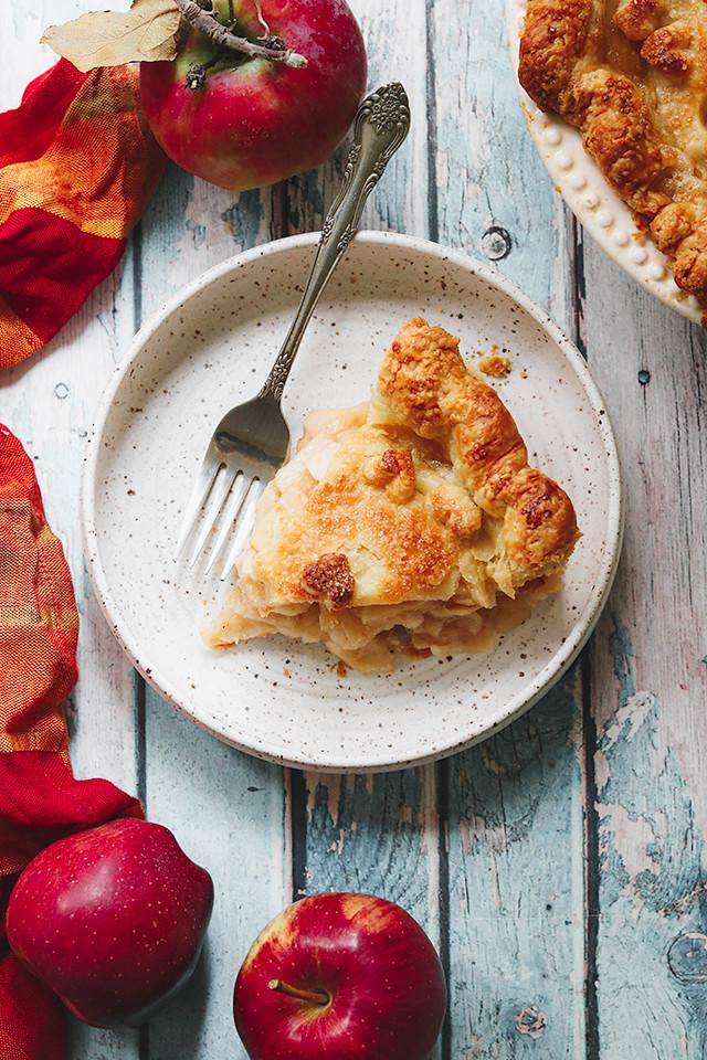 Apple Rose Pie