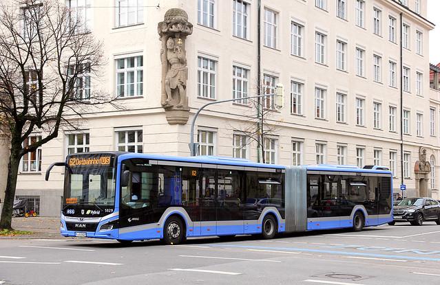 Bunte Buswelt - München
