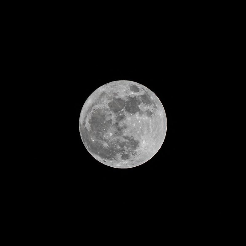 月球|Tamron 70-300mm f/4.5-6.3 A047