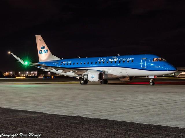 KLM Cityhopper PH-EXR HAJ at Night