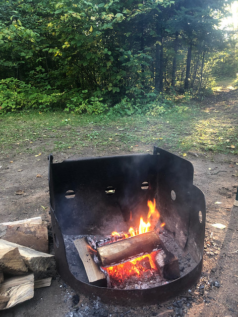 Algonquin PP - Mew Lake campfire