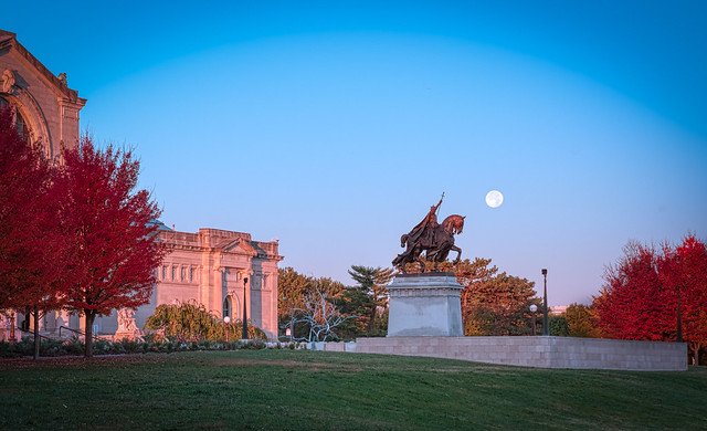 St. Louis and the Blue Moon