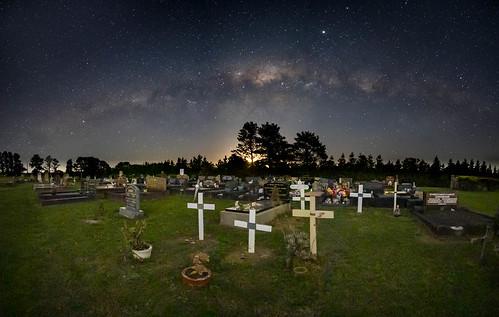 newsouthwales australia milky way nsw sydney oaks night astro landscape cemetery st saint matthews church graveyard gravestone cross moon moonset