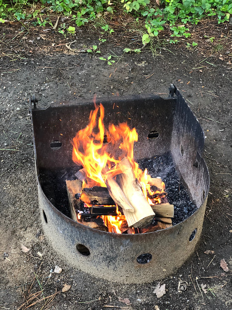 Algonquin PP - Mew Lake - the first fire lit