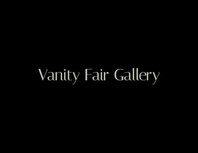 20-11-03 Vanity Fair Gallery (1)