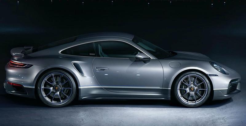 2021-Porsche-911-Turbo-S-Duet-Edition-7