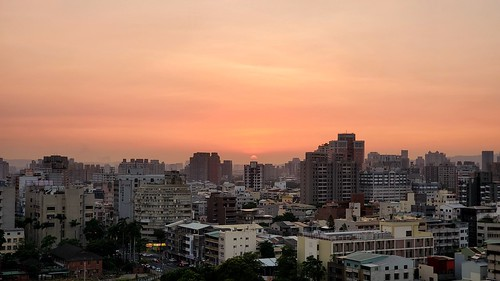 taichung taiwan home hometwon mobile mobilephotograph samsungnote10plus samsung sunset 臺灣 臺中 家鄉 家 frank frankintaiwan photography photographer photograph