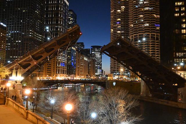 Chicago, IL -  Wabash Bridge Raised