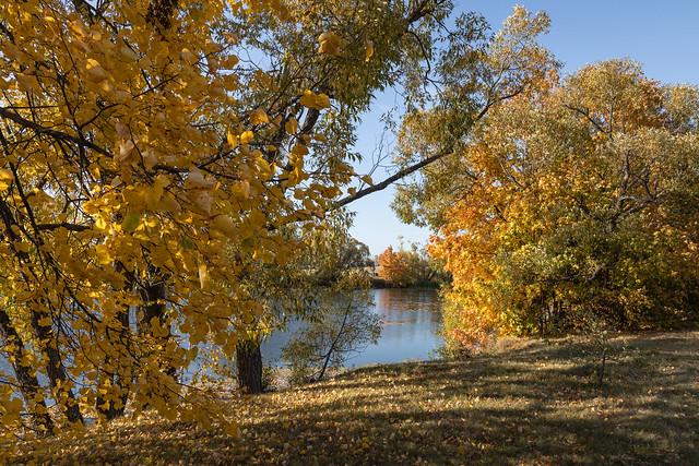 Autumn day in Tarkhany.