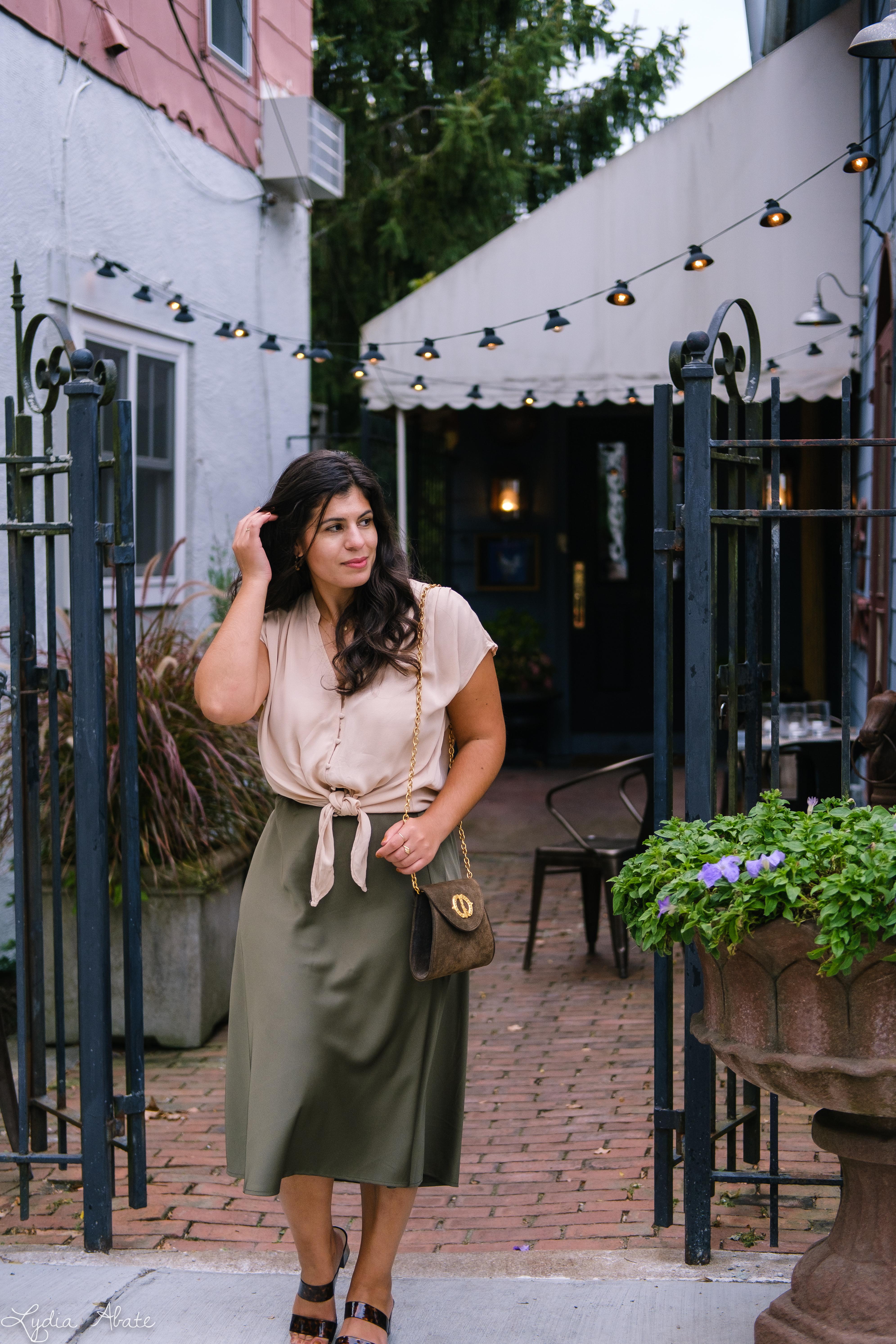 green slip skirt, silk blush knotted blouse, tortoise slides vintage chain bag-7.jpg