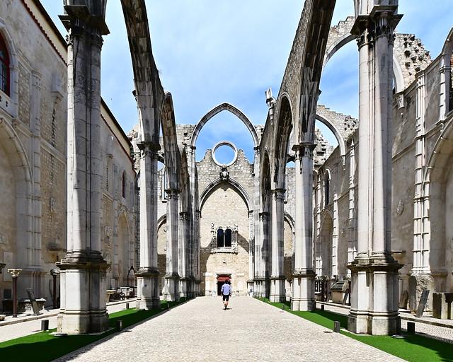 Interior del Convento do Carmo