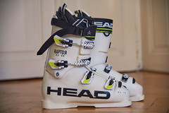Závodní lyžáky HEAD RAPTOR - vel. 28,5 - EU vel. 4 - titulní fotka