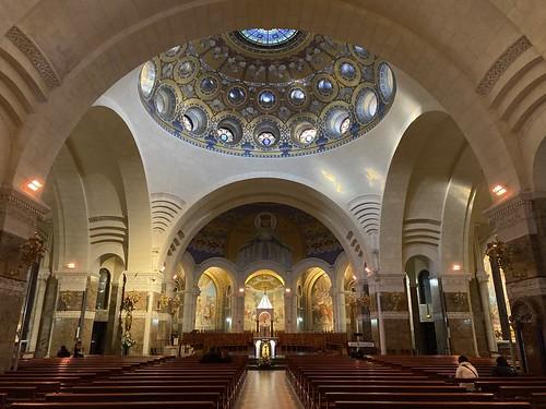 Basílica del Rosario en Lourdes