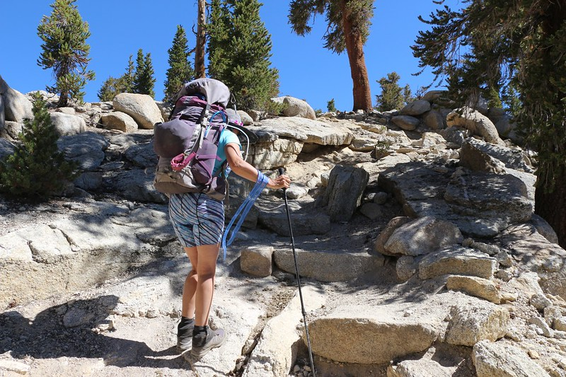 The final switchback leading up to Guyot Pass on the Pacific Crest Trail