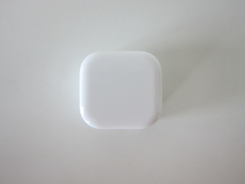 Apple 20W USB-C Power Adapter - Top